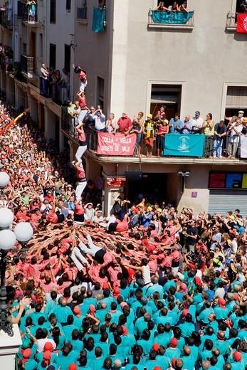 Stock Photo: 1566-851681 Colla Vella dels Xiquets de Valls ´Castellers´ building human tower, a Catalan tradition  Vilafranca del Penedès  Barcelona province, Spain