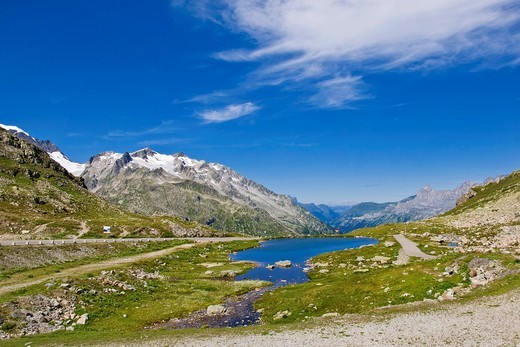 Stock Photo: 1566-852792 Lake, Susten pass, Switzerland