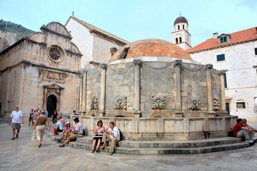 Stock Photo: 1566-853045 Onofrio´s Fountain and St  Saviour Church, Dubrovnik, Croatia