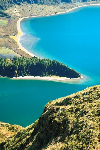 Fire Lake Lagoa do Fogo in Fogo crater  Sao Miguel island, Azores, Portugal : Stock Photo