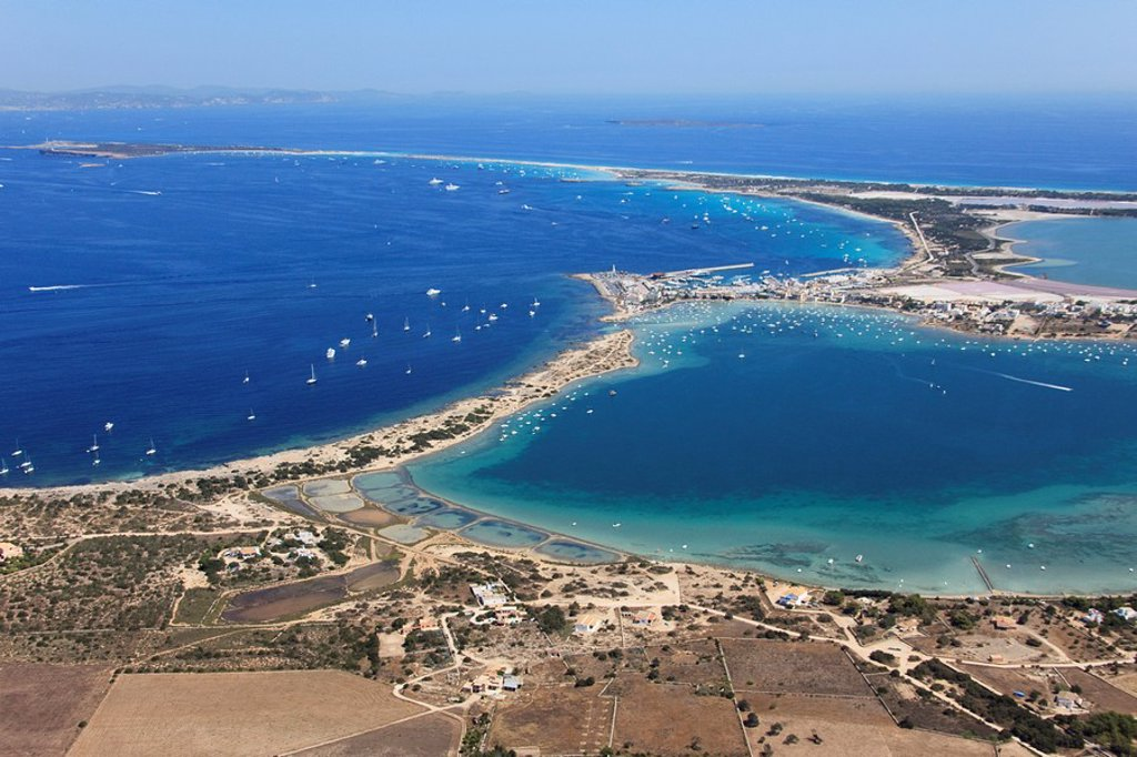 Stock Photo: 1566-854774 Es Savina harbor, Des Peix lagoon on the right, Formentera, Balearic Islands, Spain