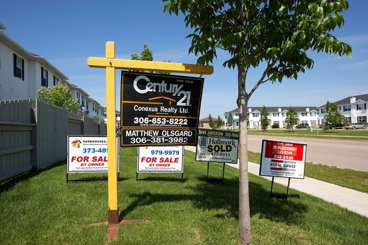 various for real estate agent signs in Saskatoon Saskatchewan Canada : Stock Photo