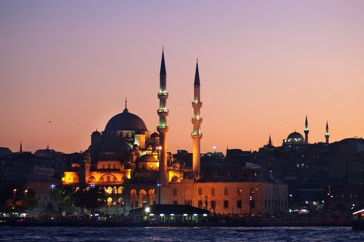 Turkey, Istambul  New Mosque and Bosphorus : Stock Photo