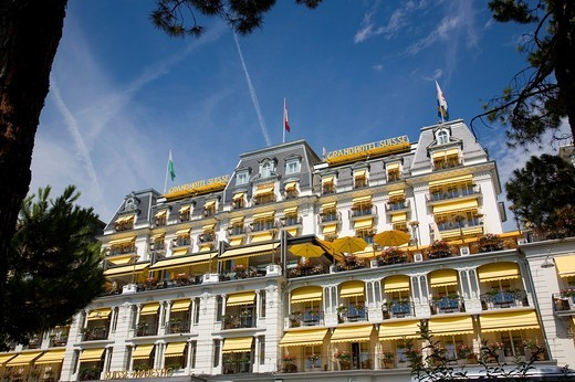Grand Hotel Suisse in Montreux : Stock Photo