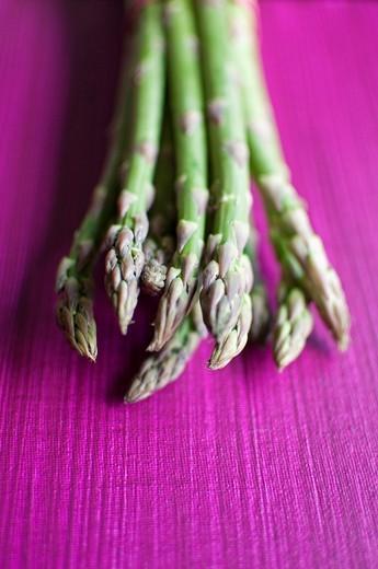 Still Food: Green Asparagus : Stock Photo