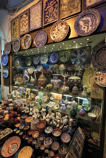 Turkey, Istanbul, Grand Bazar, ceramics, : Stock Photo