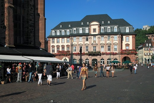 Stock Photo: 1566-861492 D-Heidelberg, Neckar, Rhine-Neckar area, nature reserve Neckartal-Odenwald, Bergstrasse, Odenwald, Baden-Wuerttemberg, old town, market place, city hall, neo-classicism, people, tourists