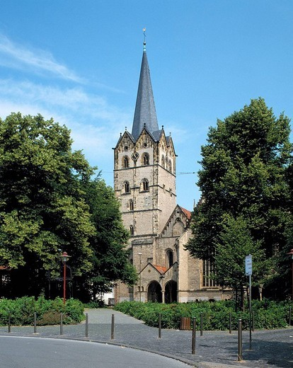 Stock Photo: 1566-861526 Germany, Herford, Werre, Aa, Ravensberg Mountainous Country. Germany, Herford, Werre, Aa, Ravensberg Mountainous Country, Wiehengebirge, Teutoburg Forest, East Westphalia, North Rhine-Westphalia, Minster Church, Late Romanesque style, Hall Church, evangelic, former nunnery