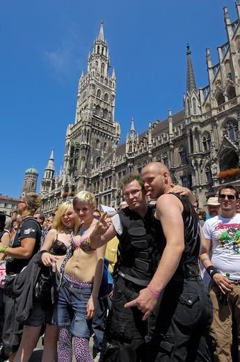 Stock Photo: 1566-861741 Munich, Marienplatz, Christopher Street Day, Gay parade, Bavaria, Germany