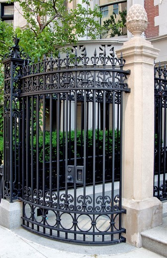 Decorative black metal gate, New York City, state of New York, United States, USA : Stock Photo