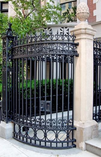 Decorative black metal gate, New York City, state of New York, United States, USA : Stock Photo