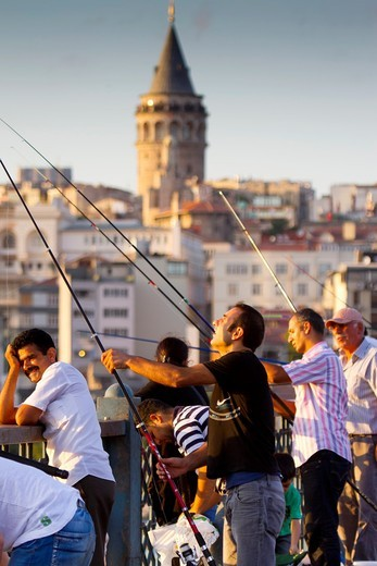 Anglers in Galata Bridge  Istanbul, Turkey : Stock Photo