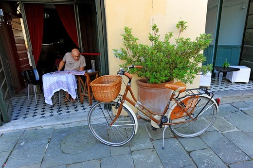 Stock Photo: 1566-866442 Shoppe Store Piazza Anfiteatro Lucca Italy Tuscany Europe Mediterranean