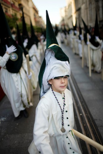 Stock Photo: 1566-867910 Young penitent with raised hood
