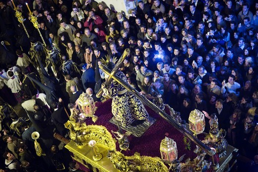 Aerial view of Jesus del Gran Poder on the float, Good Friday dawn processions, Seville, Spain : Stock Photo