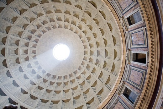 Perpendicular view of the Pantheon dome, Rome : Stock Photo
