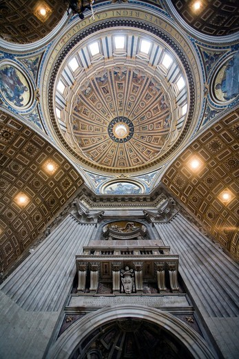 Stock Photo: 1566-867978 Dome of Saint Peter´s Basilica, Vatican
