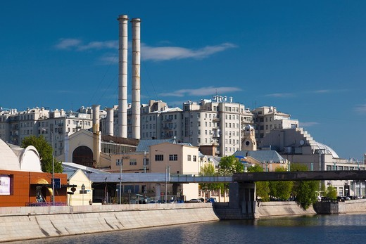 Russia, Moscow Oblast, Moscow, Zamoskvorechiye-area, former industrial buildings of the Art Strelka area : Stock Photo