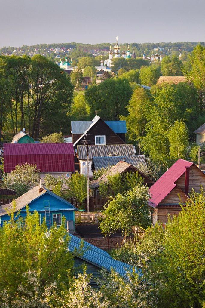 Stock Photo: 1566-876436 Russia, Yaroslavl Oblast, Golden Ring, Pereslavl-Zalessky, elevated town view from Goritzky Monastery