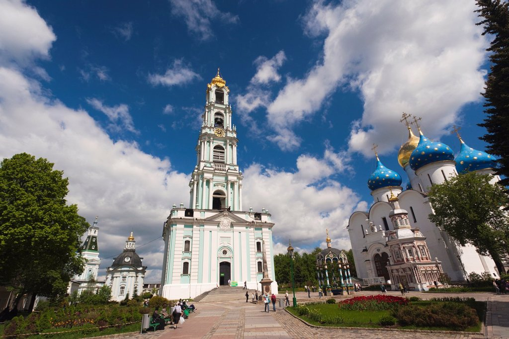 Russia, Moscow Oblast, Golden Ring, Sergiev Posad, Trinity Monastery of Saint Sergius, belltower : Stock Photo