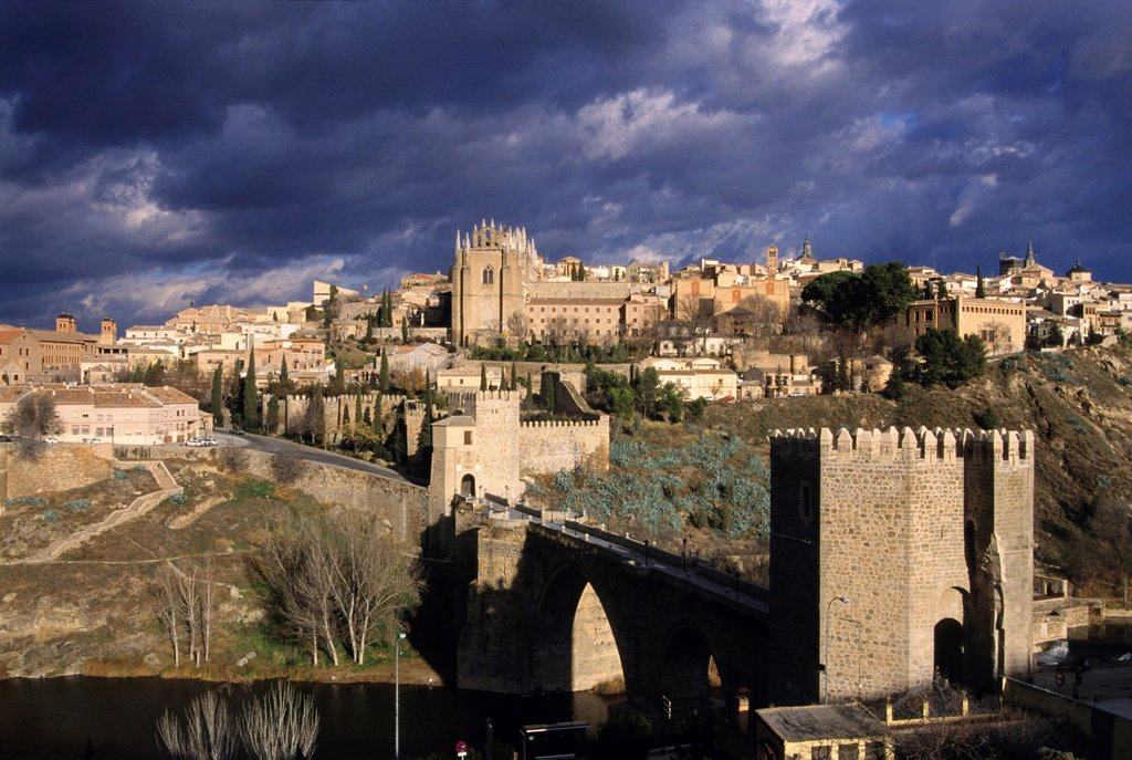 Stock Photo: 1566-877505 San Martin bridge and the San Juan de los Reyes Monastery background, Toledo, autonomous community Castile-La Mancha, Spain, Europe