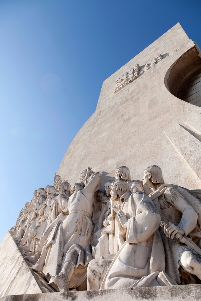Stock Photo: 1566-879939 Padrão dos Descobrimentos, Monument to the Discoveries, celebrating Henri the Navigator and the Portuguese Age of Discovery and Exploration, Belem district, Lisbon, Portugal, Europe