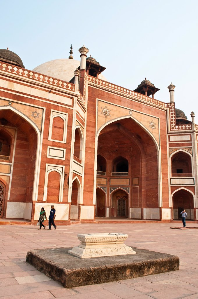 Stock Photo: 1566-880295 Humayun´s Tomb, New Delhi, India