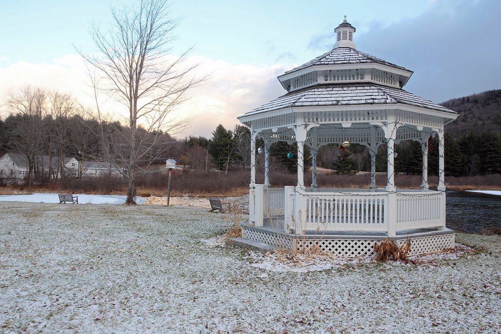 Stock Photo: 1566-881655 Bandstand decorated with Christmas ornaments, in Rowe, Massachusetts, United States