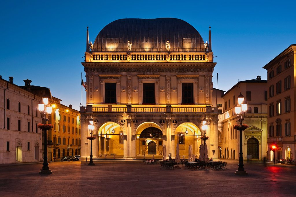 Stock Photo: 1566-883006 Renaissance-building Loggia, at Square Piazza della Logia, now municipal administration, Brescia, Lombardy, Northern Italy, Italy, Europe