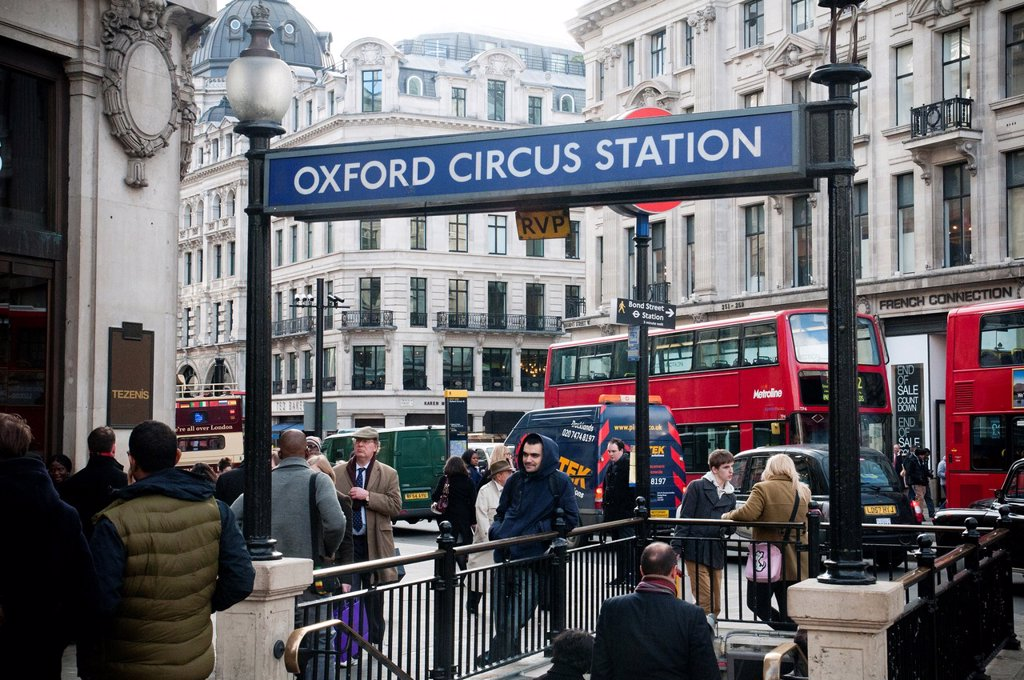 Way in to Oxford Circus tube station, Oxford Street. : Stock Photo