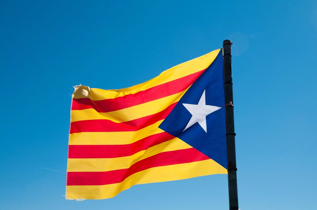 Stock Photo: 1566-884212 Separatist Catalan flag waving under the wind, Lleida, Spain