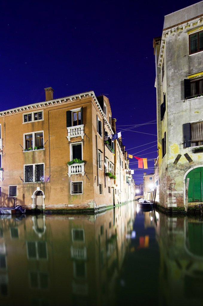 Stock Photo: 1566-884314 Typical Venetian houses, Cannaregio, Venice, Italy