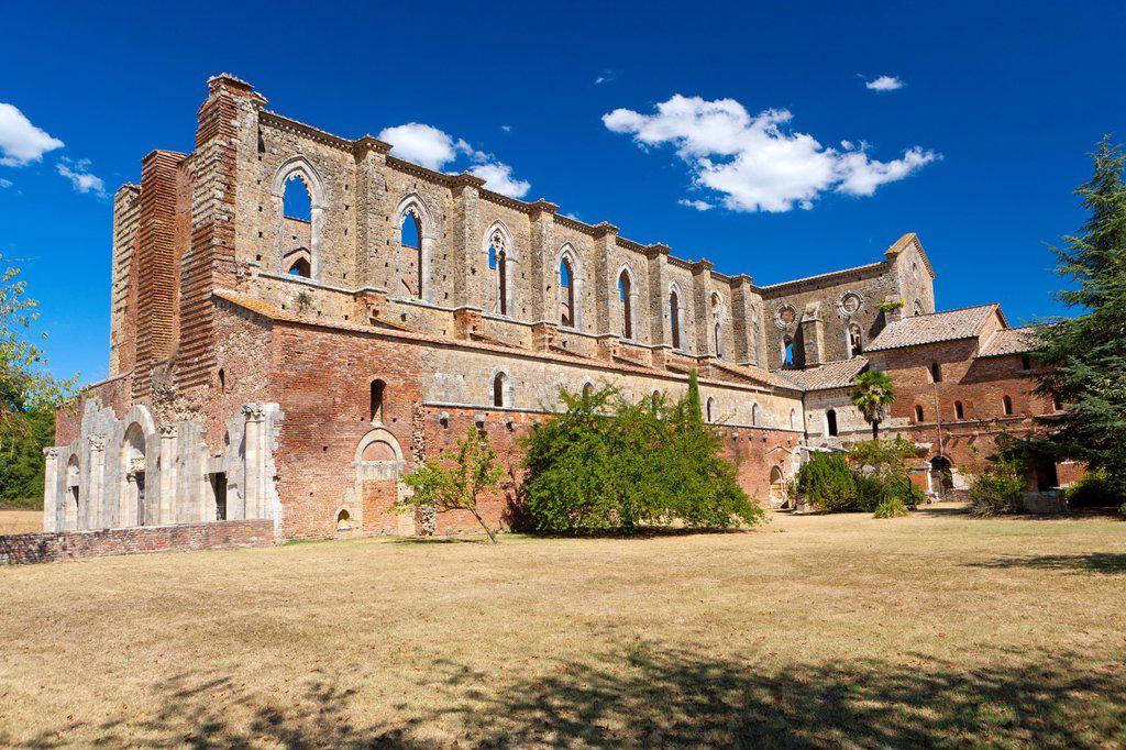 Ruins of the Cistercians abbey San Galgano, Chiusdino, Tuscany, Italy, Europe : Stock Photo