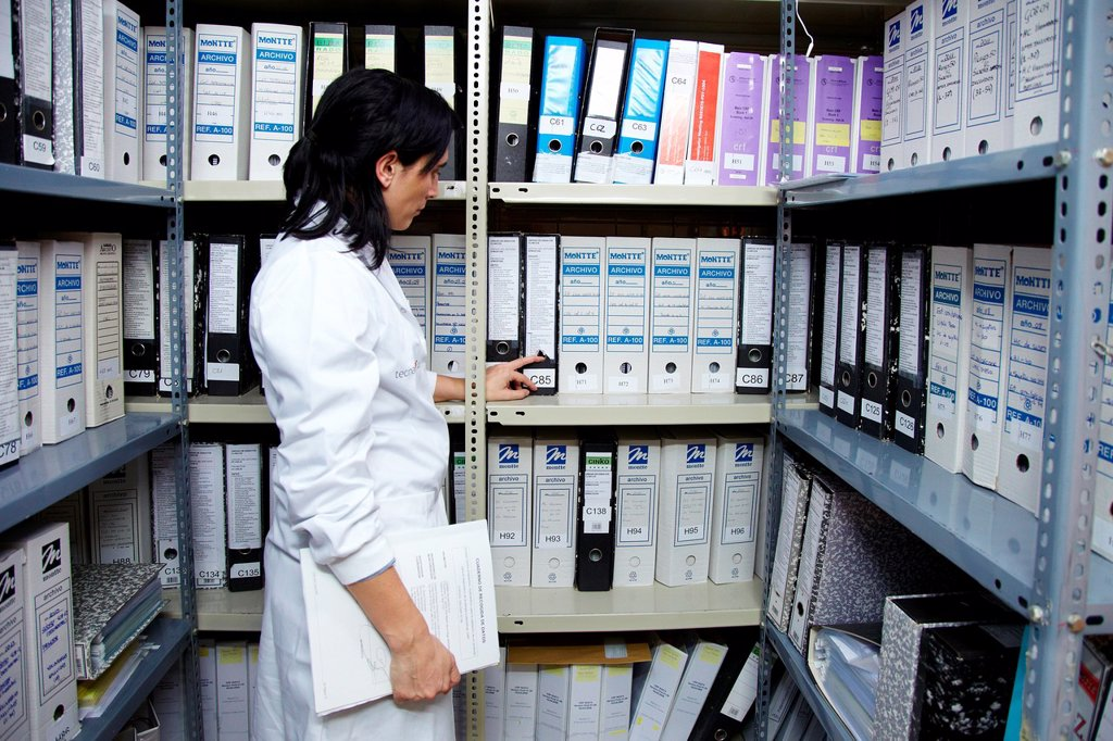 Stock Photo: 1566-885216 File documentation of studies completed, Clinical Trials Unit, Testing in Phase 1, the first drug administration in humans, Pharmacy, Area Health, Researchers Tecnalia Research & Innovation, Txagorritxu Hospital, Vitoria, Gasteiz, Araba, Basque Country, S. File documentation of studies completed, Clinical Trials Unit, Testing in Phase 1, the first drug administration in humans, Pharmacy, Area Health, Researchers Tecnalia Research & Innovation, Txagorritxu Hospital, Vitoria, Gasteiz, Araba, Basqu