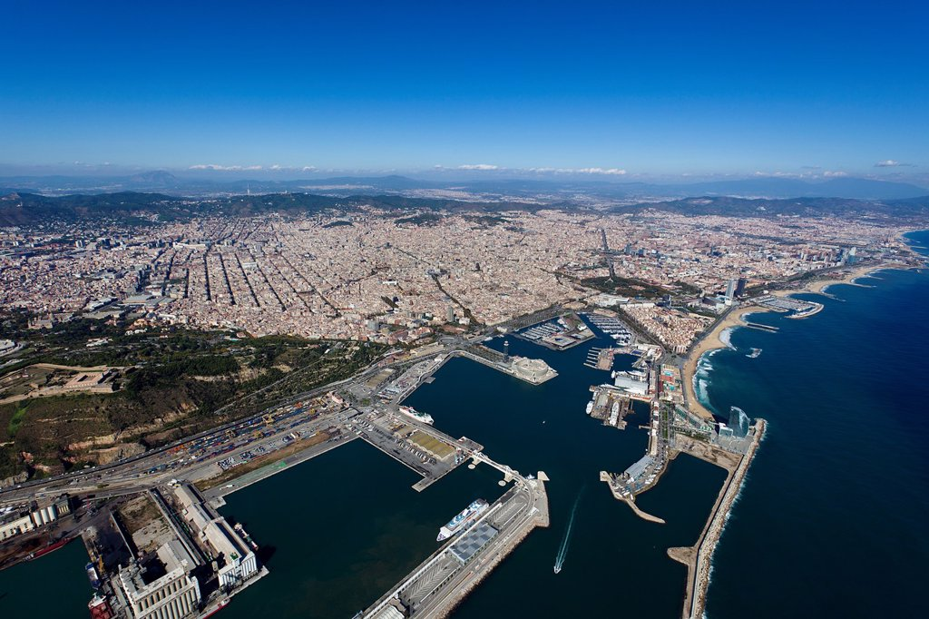 Stock Photo: 1566-885741 Port of Barcelona, Spain