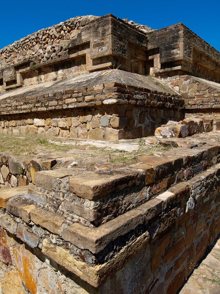 Stock Photo: 1566-890503 Dancers´ pyramids. Monte Albán. Zapotec archeological site. Oaxaca. Mexico.
