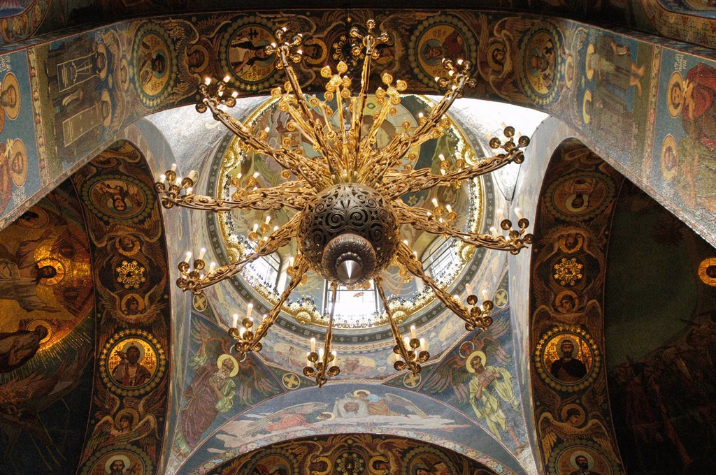 Stock Photo: 1566-892804 Russia, St  Petersburg,The Church of Our Savior on the Spilled Blood Where Tsar Alexander II was assasinated in 1881, Chandalier