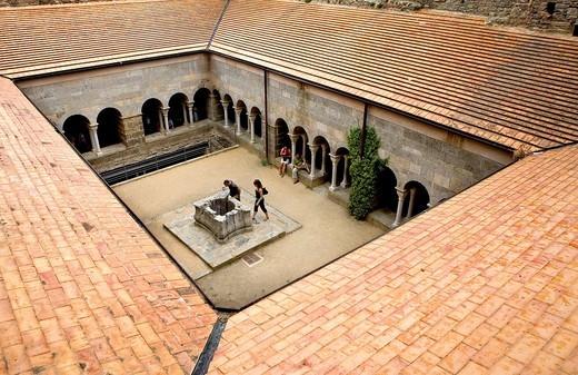 Sant Pere de Rodes benedictine monastery  Cloister Costa Brava  Girona province  Catalonia  Spain : Stock Photo