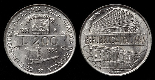 Stock Photo: 1566-898737 200 Lire coin, Italy, 1996