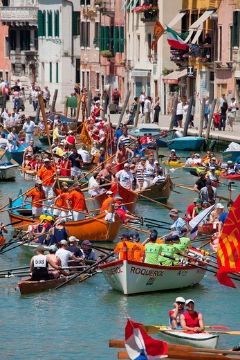 Stock Photo: 1566-901449 Vogalonga, rowing competition in the Venice lagoon, Venice, Italy, Europe