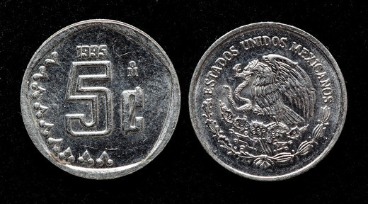Stock Photo: 1566-904372 5 centavos coin, Mexico, 1995