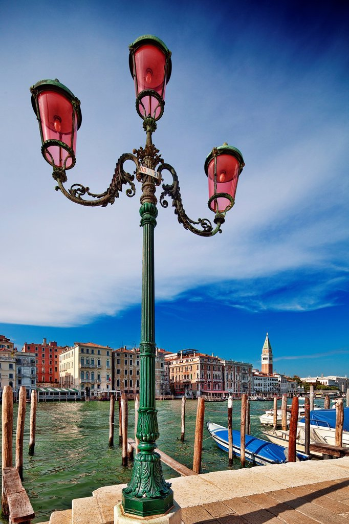 Stock Photo: 1566-906028 Street light overlooking the Grand Canal, opposite San Marco sestiere, Dorsoduro, Venice, Italy