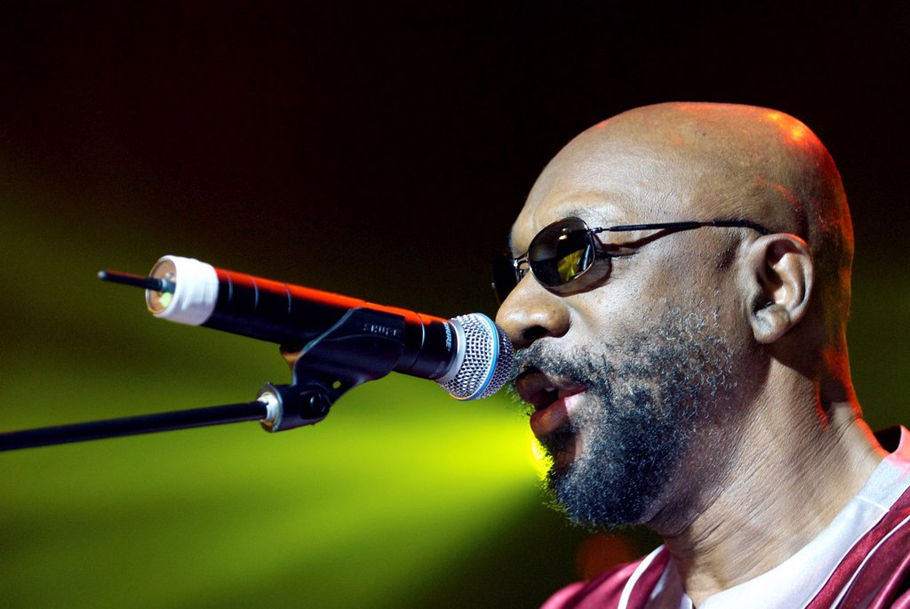Stock Photo: 1566-907692 Isaac Hayes live at the Opera House, Bournemouth  Famous for his music from the motion picture ´Shaft´ and for being the voice of the Chef in ´Southpark´, Isaac Hayes was still gigging at the age of 74