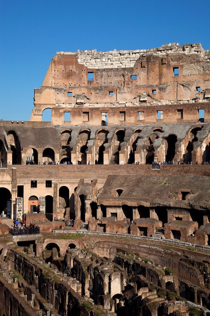 Stock Photo: 1566-908732 The Colosseum, Rome, Lazio, Italy, Europe