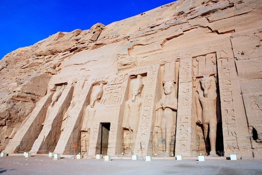 Stock Photo: 1566-909614 Temple of Nefertari 13th century BC, Abu Simbel, Egypt