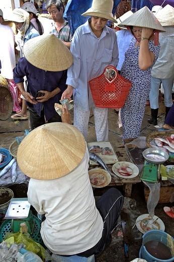Stock Photo: 1566-910332 Fish market Hoi An historic town Vietnam
