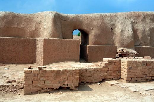 Elamite ziqqurat 13th century BC, UNESCO World Heritage Site, Chogha Zanbil Tchogha Zanbil, province Khuzestan, Iran : Stock Photo