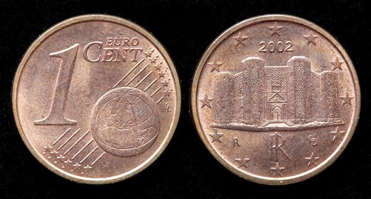 Stock Photo: 1566-910624 1 Euro cent coin, Italy, 2002