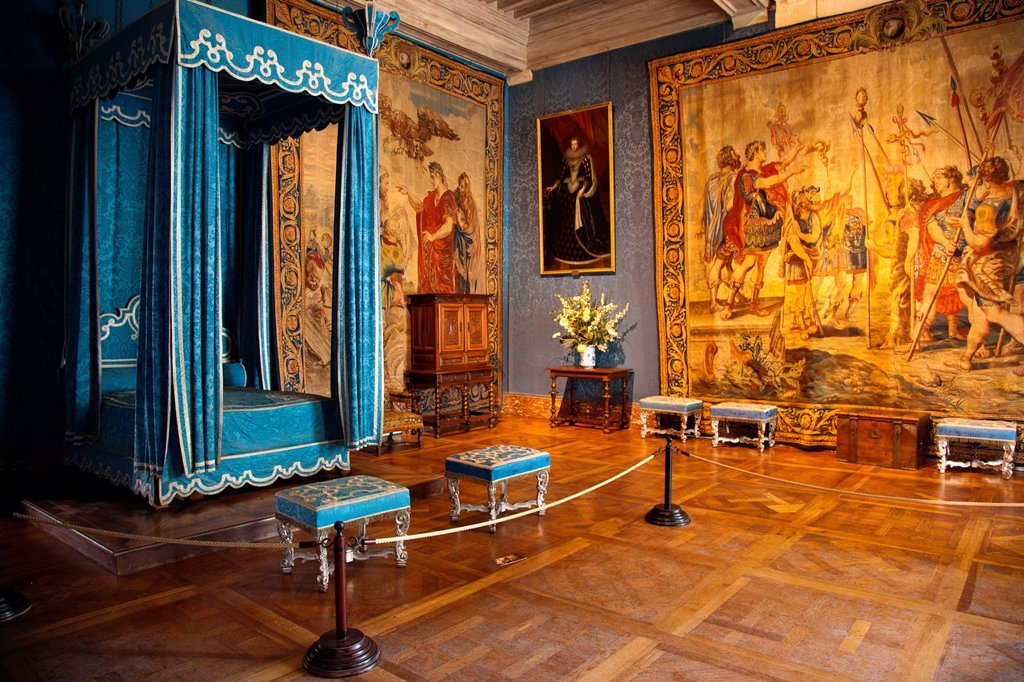Stock Photo: 1566-911614 The bedroom of Queen Maria Theresa of Spain, the first wife of Louis XIV, in Chateau de Chambord in the Loire Valley of France