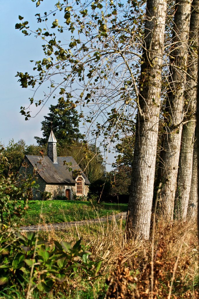 Stock Photo: 1566-912508 Chapel on the way Quelneuc. Ploermel, broceliande, Morbihan, Brittany, France
